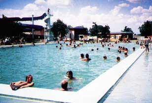 Swimming Pool in Horne Saliby